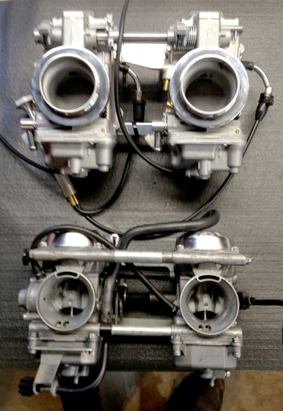 Size difference between Mikuni HSR42 and the Keihin CVK's.