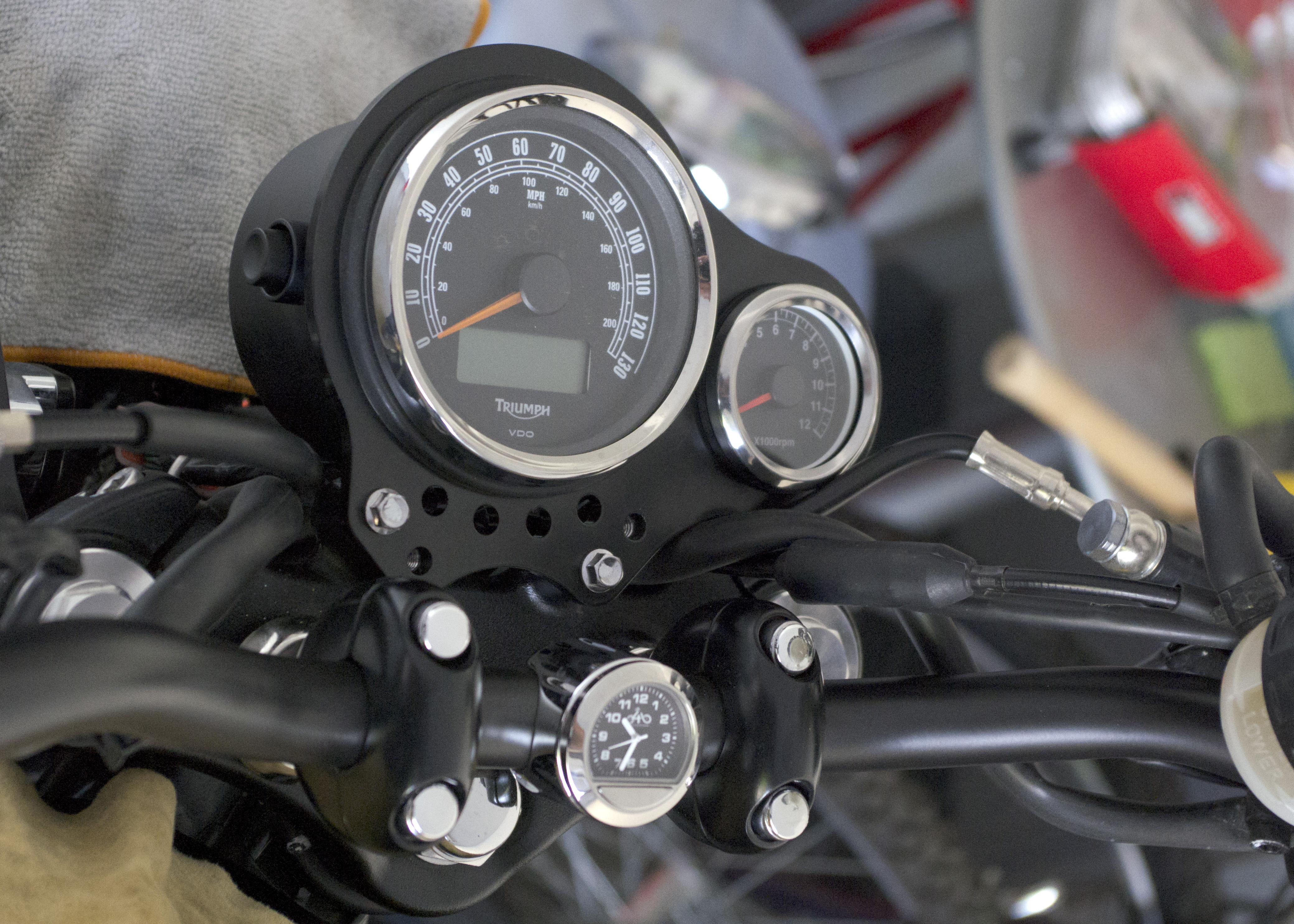 Motorcycle Tach Wiring Diagram : Fit checku201d: first go at installing an aftermarket tach triumph