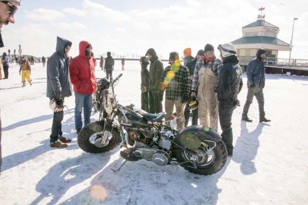 ice-racing-harley-30-2