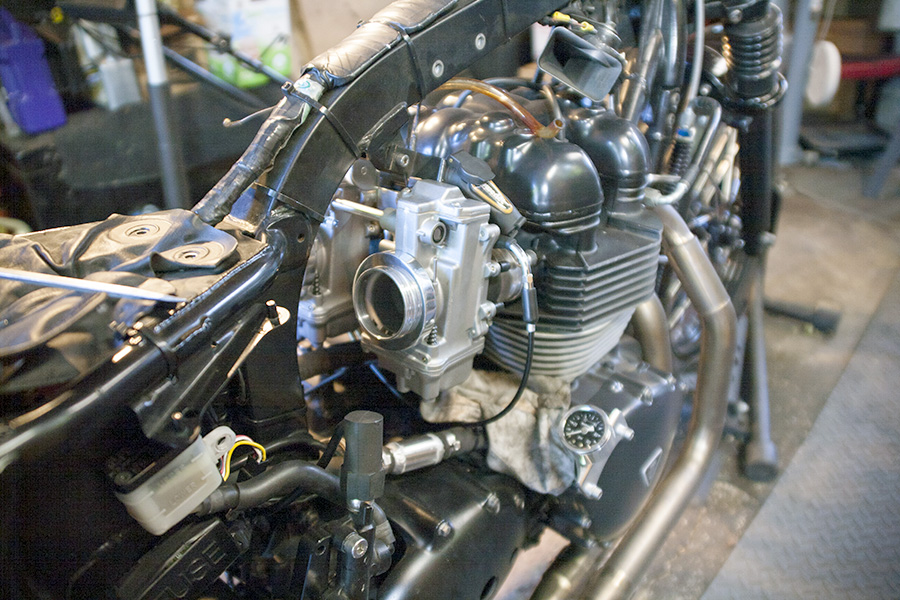 Mikuni HSR45 carbs in place